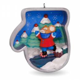 Hallmark Mitten Cookie Cutter Christmas Ice Skating Mouse Ornament