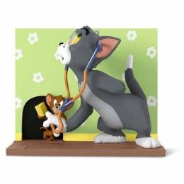 Hallmark TOM AND JERRY Mouse Trouble Ornament