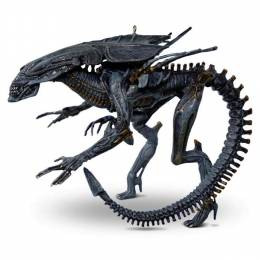 Hallmark Alien Queen from Aliens Ornament