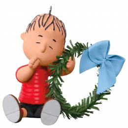 Hallmark PEANUTS A Comfy Christmas for Linus Ornament
