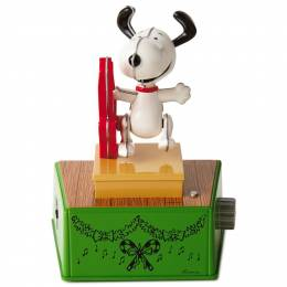 Hallmark Peanuts Snoopy Christmas Dance Party Figurine With Music and Motion