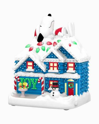 The Peanuts Gang The Merriest House in Town Musical Ornament With Light