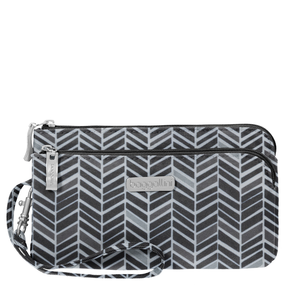 baggallini RFID Double Zip Wristlet in Chevron
