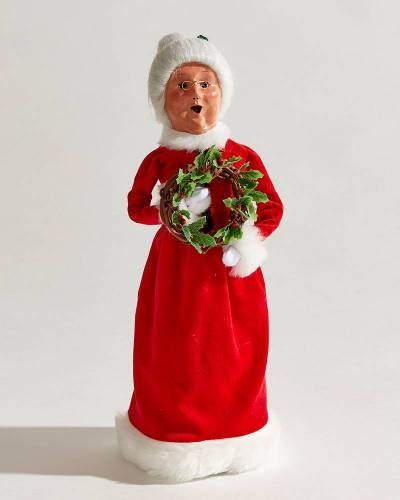 Exclusive 2019 Mrs. Claus Carolers Figurine