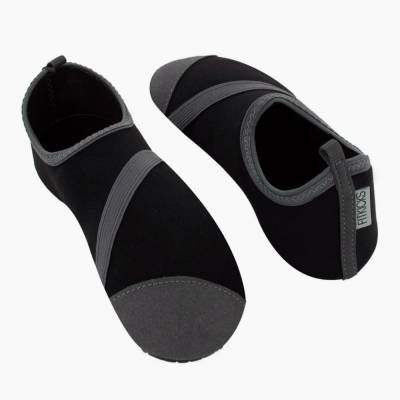FitKicks Active Footwear in Black