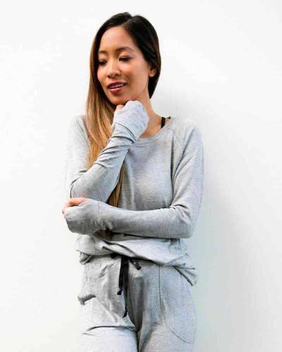 The Weekender Raglan Sleeve Top in Gray