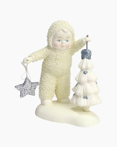 Spinning a Christmas Tree Figurine