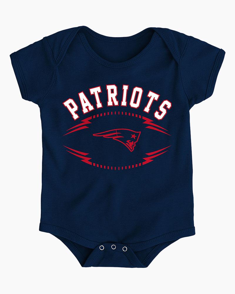 1296ec03d94 Outerstuff LLC New England Patriots Baby Future Ball Crawler