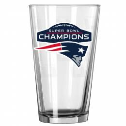 Boelter Brands New England Patriots Super Bowl LI Pint Glass