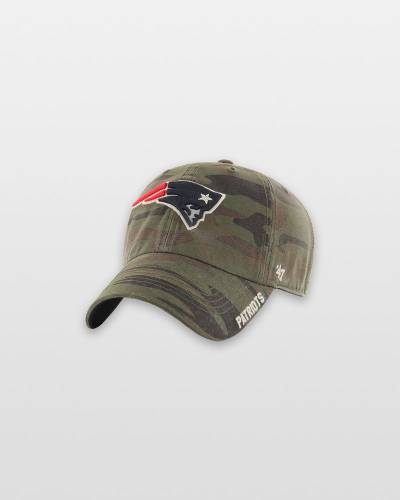 New England Patriots Outrigger 47 Clean Up Cap