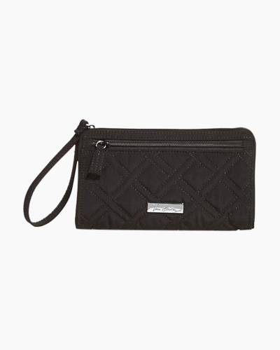 Front Zip Wristlet in Black