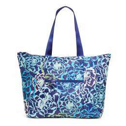 Vera Bradley Tote in a Pouch in Katalina Blues