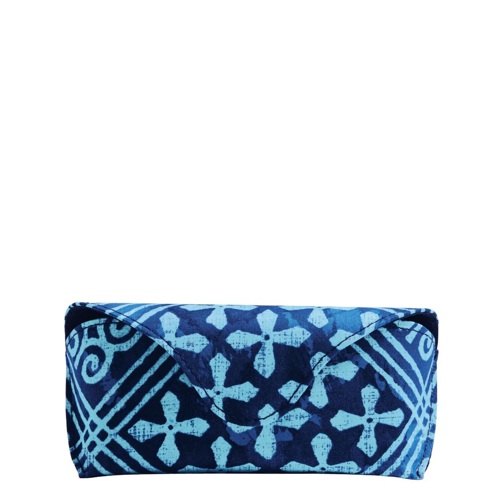 Vera Bradley Eyeglass Case in Cuban Tile