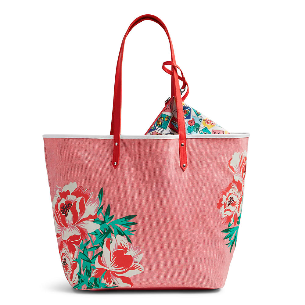 Vera Bradley Beach Tote in Oxford Floral