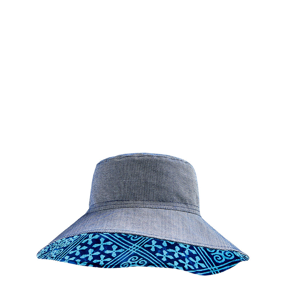 Vera Bradley Beach Hat in Navy Oxford