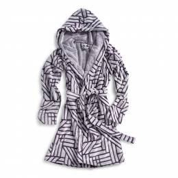 Vera Bradley Fleece Robe in Elderberry Geo