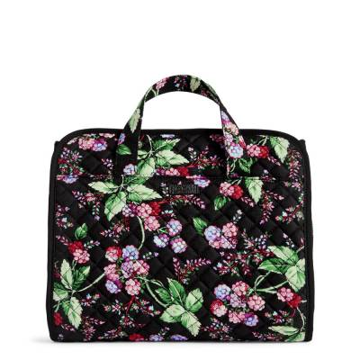 Iconic Hanging Travel Organizer in Winter Berry