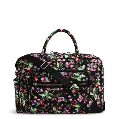 Iconic Weekender Travel Bag in Winter Berry