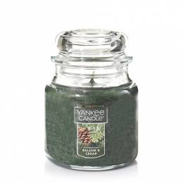 Yankee Candle Balsam and Cedar Medium Jar Candle