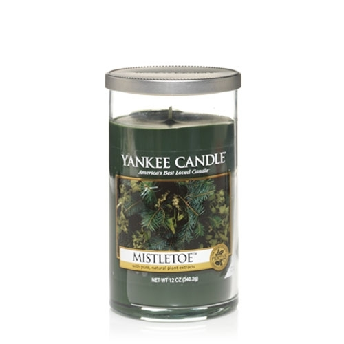 Yankee Candle Mistletoe Medium Perfect Pillar Candle