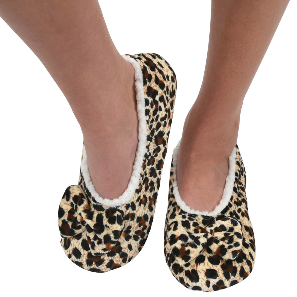Snoozies Women's Touch Me Snoozies in Leopard