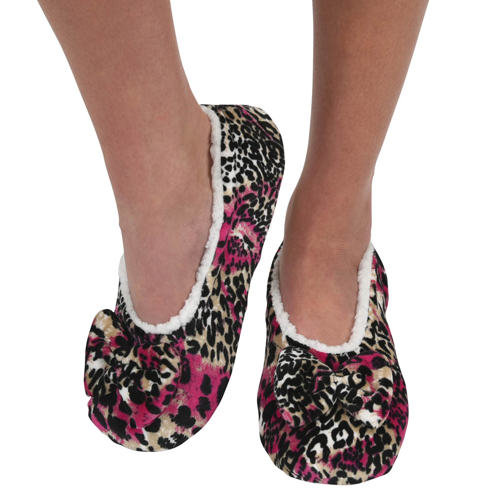 Snoozies Women's Touch Me Snoozies in Pink Leopard