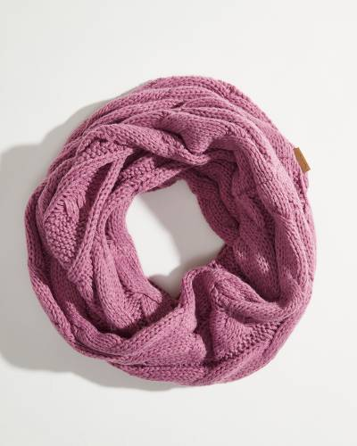Solid Cable Knit Infinity Scarf in New Lavender
