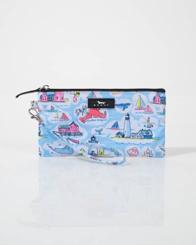 Kate Wristlet in New England