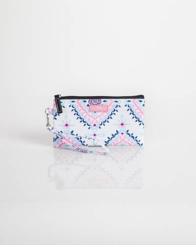 Kate Wristlet in Medallion Lace