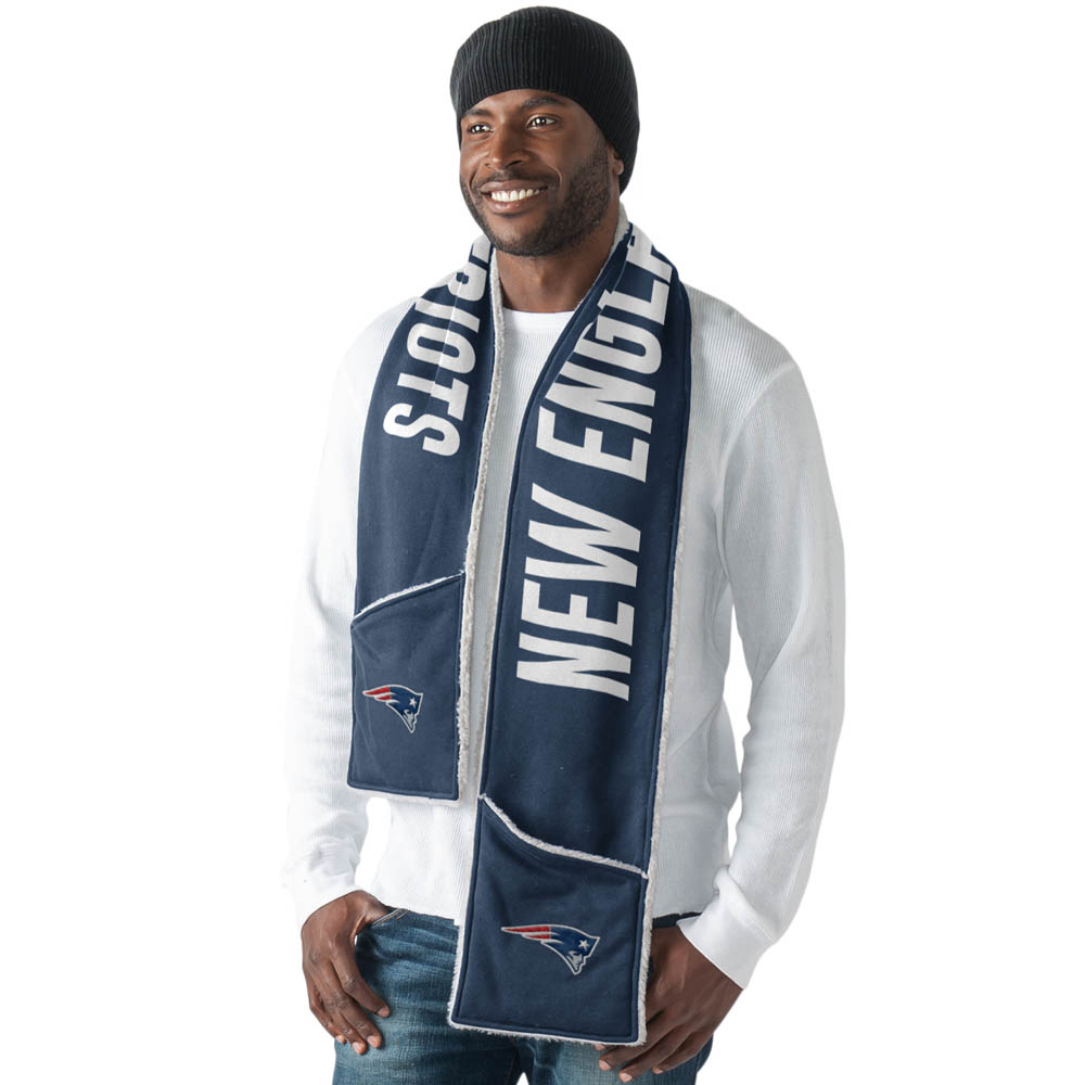 G-III Sports New England Patriots Accumulation Scarf