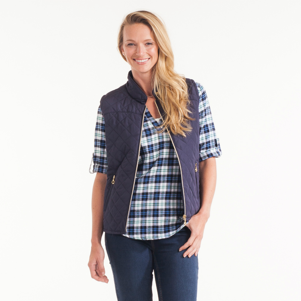 Casual Identity Diamond Quilted Vest