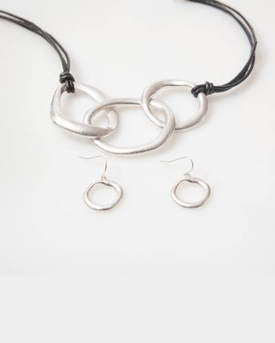 Exclusive Triple-Ring Leather Necklace