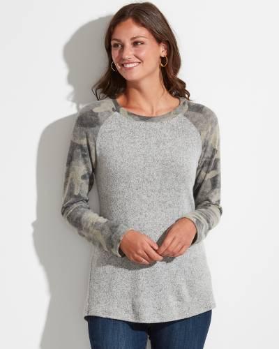 Exclusive Camo-Sleeve Top in Grey