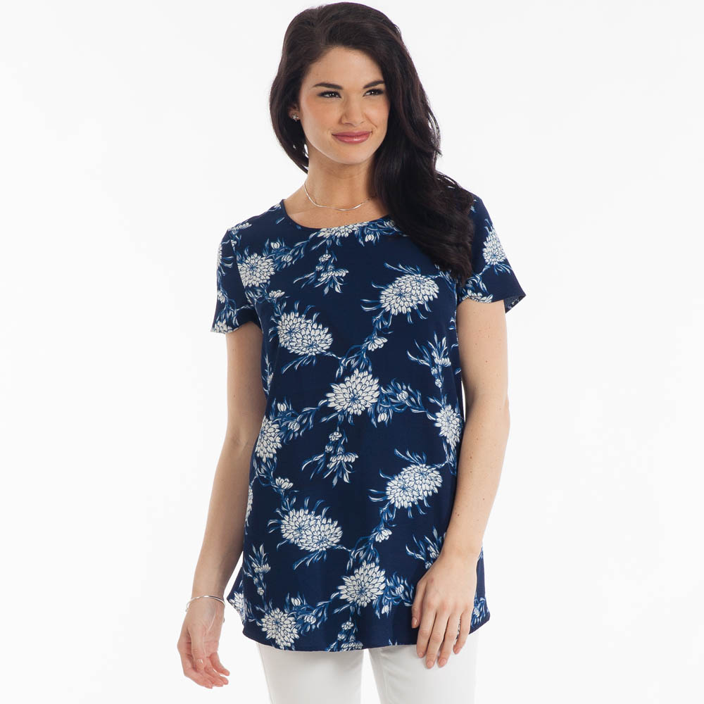 Misia Floral-Print Swing Top in Blue