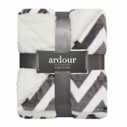 Northpoint Trading Luxurious Throw Blanket