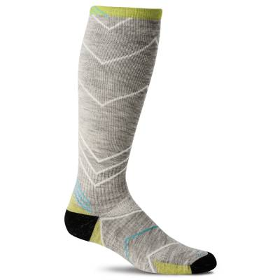 Women's Incline Knee High Compression Socks in Light Grey