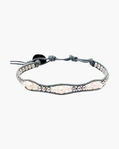 Holiday Collection Beaded Bracelet in Grey and Cream