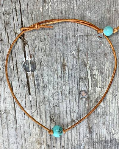AA Southwest Dainty Turquoise Choker in Brown