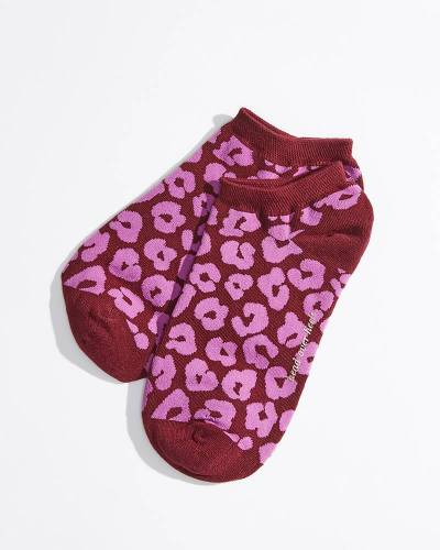 No-Show Socks in Wine Leopard Print